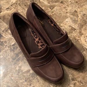 Clarks Bendables, size 9, brown. Comfy!